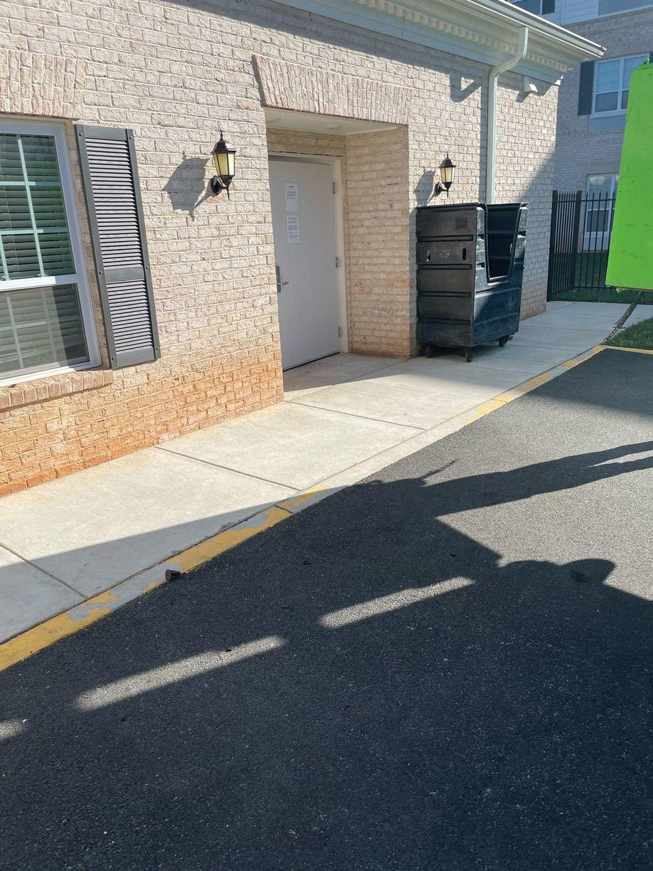 Retirement home curbside removal in Gainesville, VA - After Photo