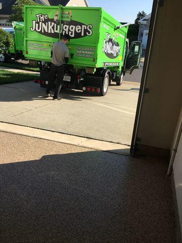 Zero contact junk removal in Gainesville, VA