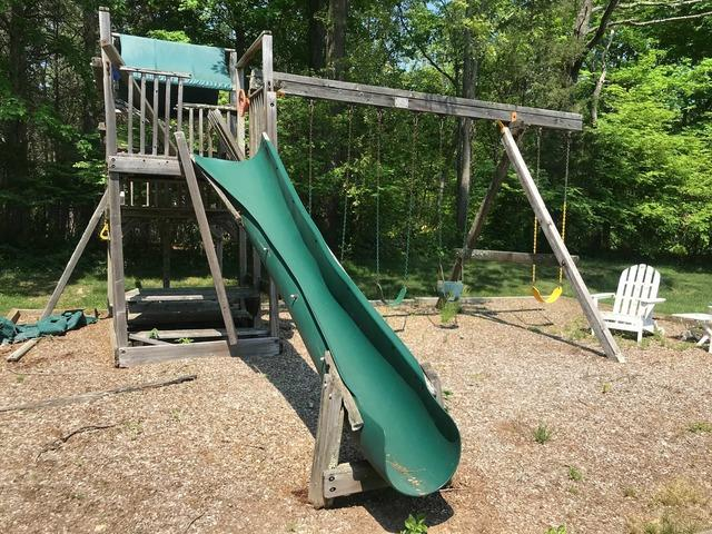 Playground Removal in New Haven, CT
