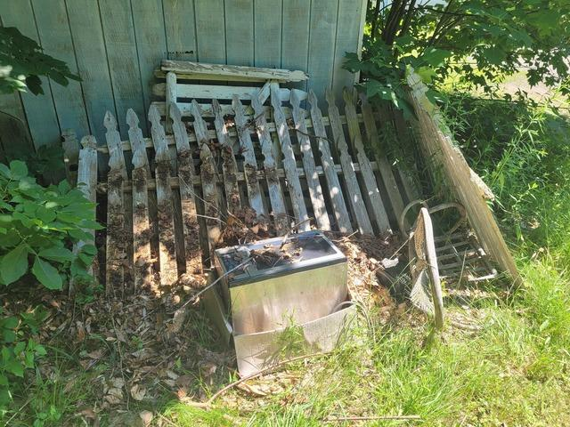 Outdoor Junk Removal in Northford, CT