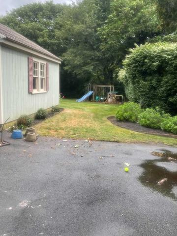 Playground Removal in Trumbull, CT