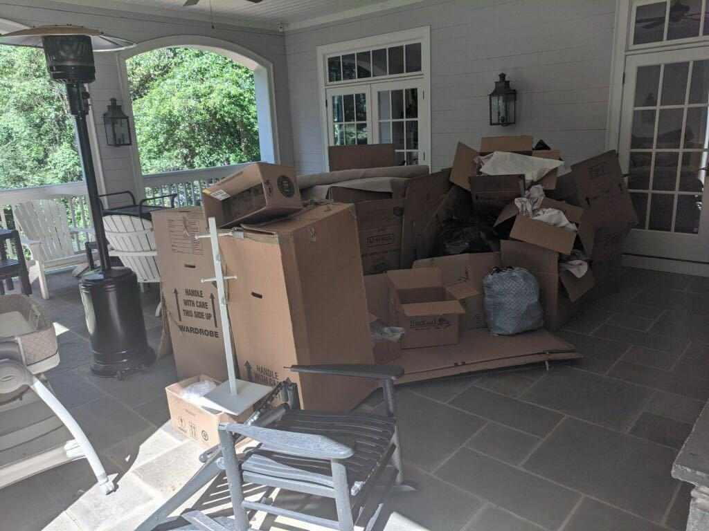 Post-move Cleanout in Cumming, GA - Before Photo