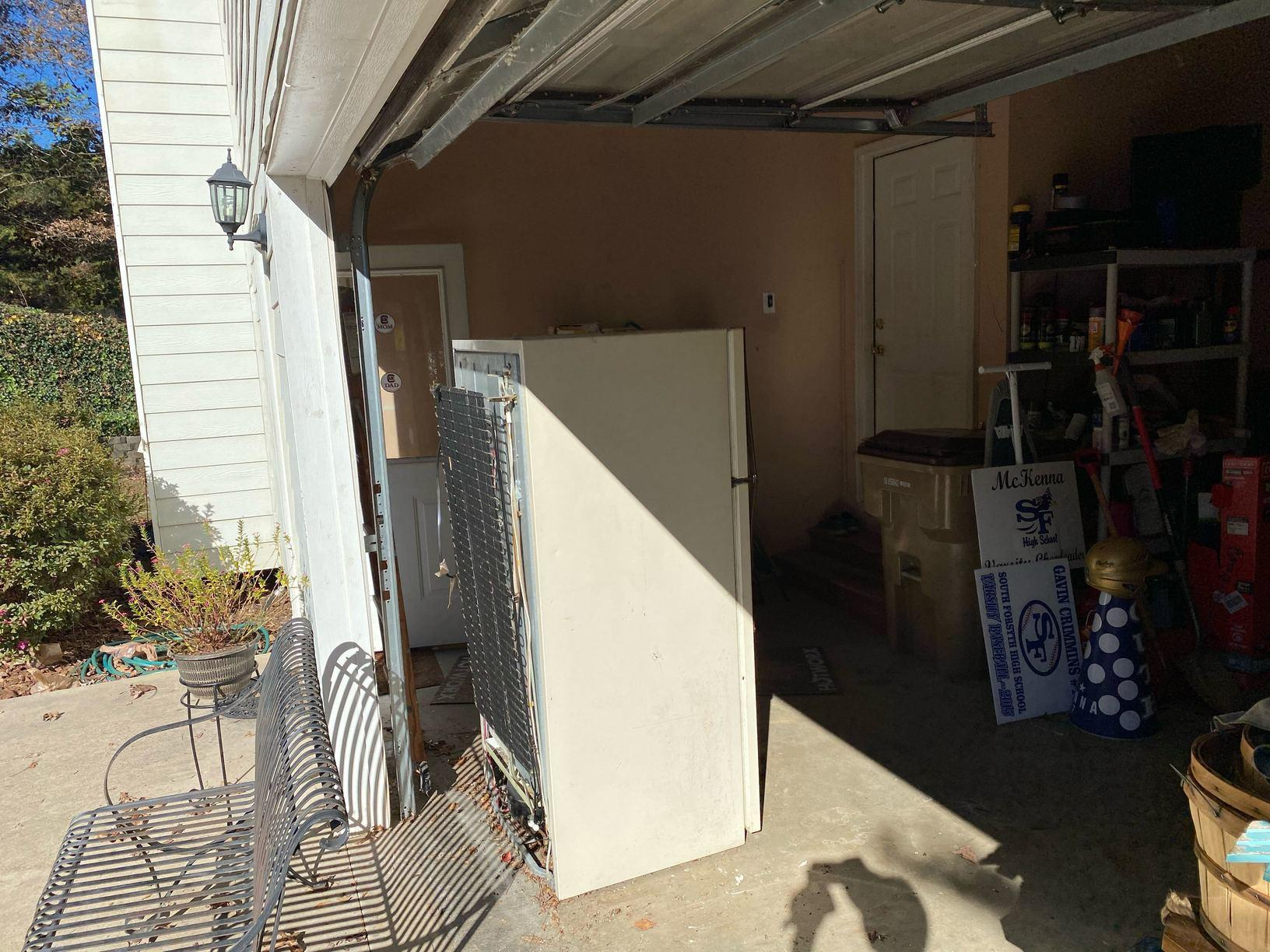 Refrigerator removal in Cumming, Georgia. - Before Photo