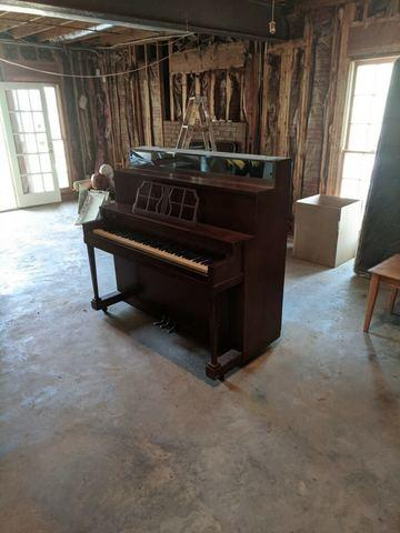 Piano Removal in Sandy Springs, GA