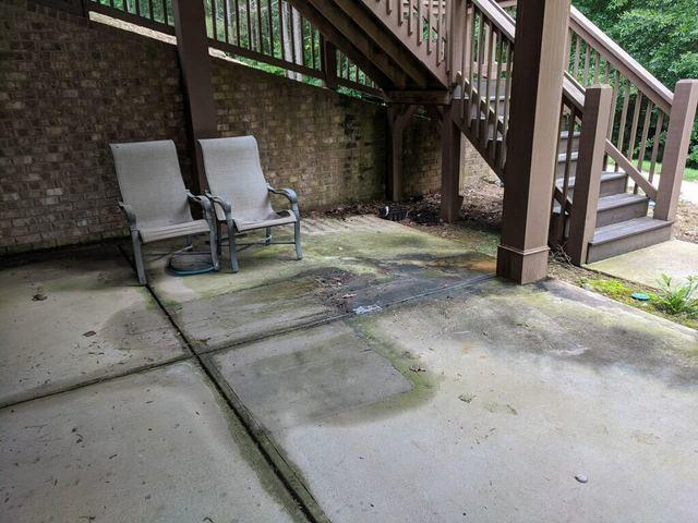 Patio Furniture Removal & Donation in Smyrna, GA