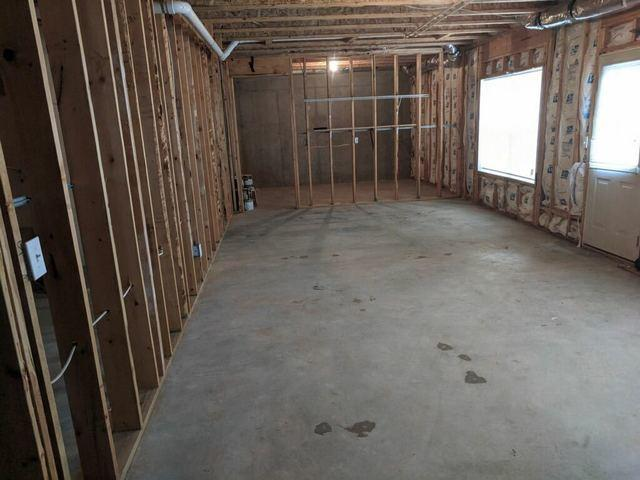 Basement cleanout in Cumming, GA