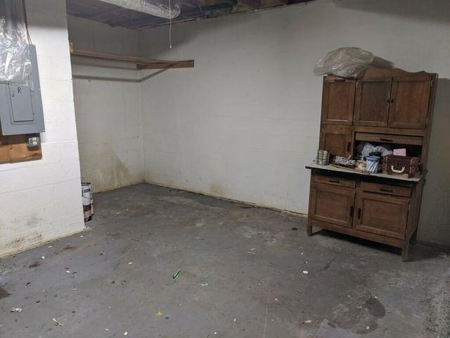 Basement Clean-Out Junk Removal in Lawrenceville, Georgia