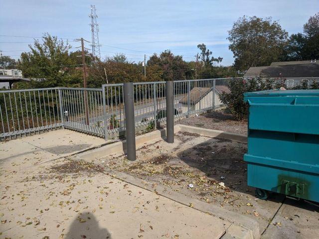 Apartment dumpster area clean up in Atlanta, GA