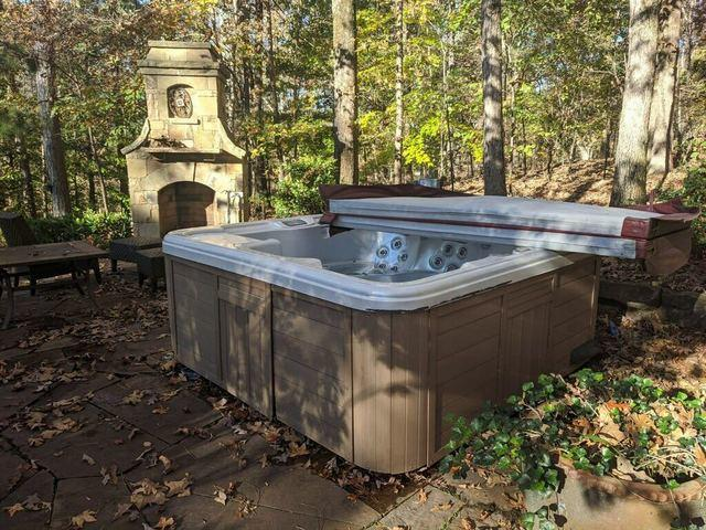 Hot tub removal in Marietta, Georgia
