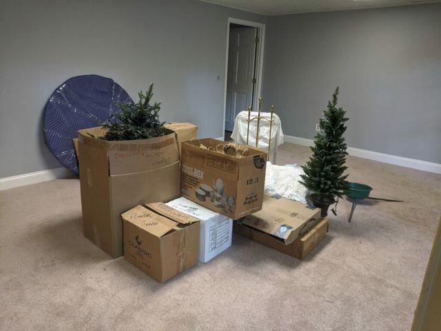 Christmas decor removal in  Alpharetta, Georgia.