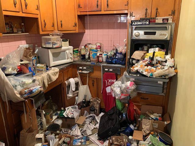 Hoarder Cleanout in Philadelphia, PA