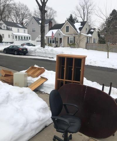 Furniture removal Metuchen, NJ