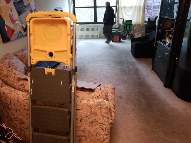 Senior Living Community Apartment Cleanout in Oakland Gardens, NY