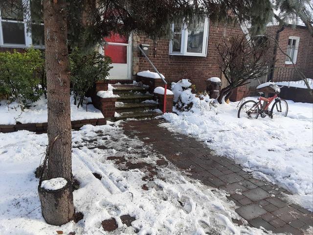 Furniture Removal in Bellerose, NY