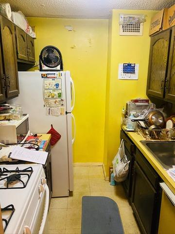 Kitchen Item Removal in Flushing, NY