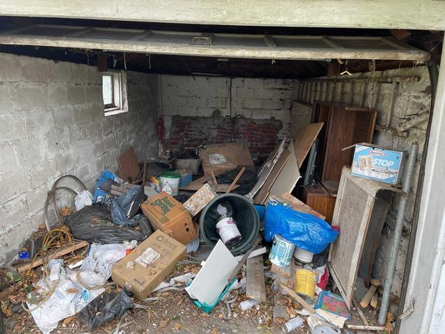 Garage Cleanout Service in Cambria Heights, NY