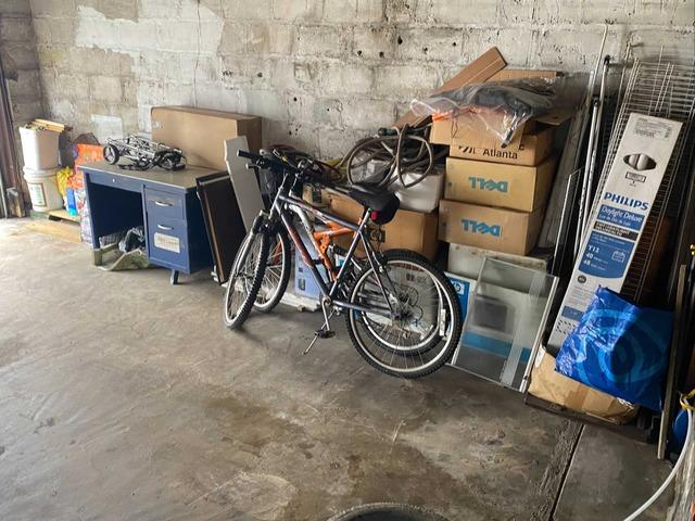 Garage Cleanout Service in Rego Park, NY