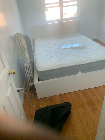 Mattress & Box Spring Removal in Park Slope, Brooklyn, NY
