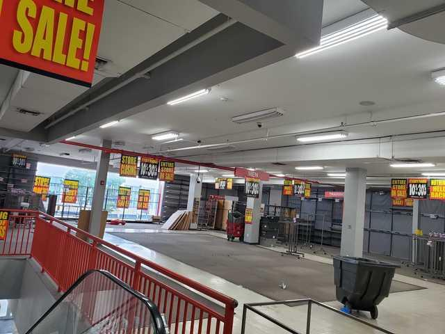 Retail Store Cleanout in Bronx, NY