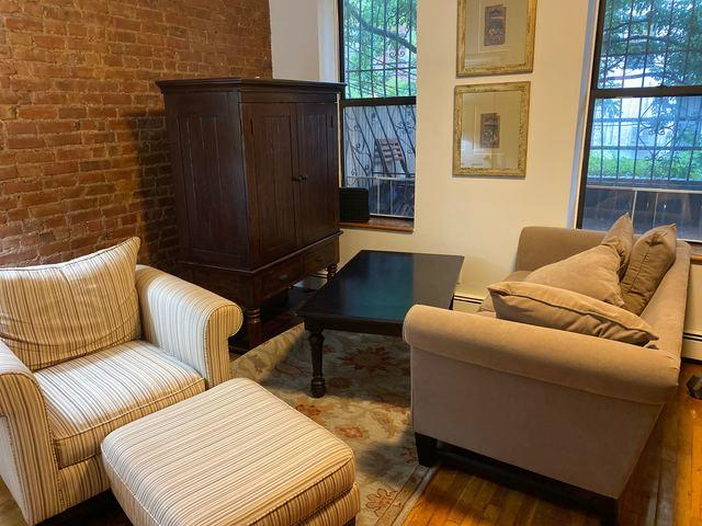 Couch & Arm Chair Removal in Brooklyn, NY