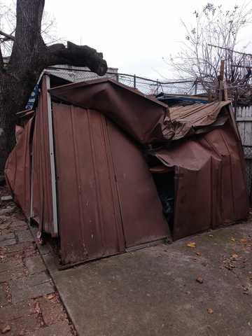Backyard Shed Breakdown and Removal - Kensington Brooklyn,NY