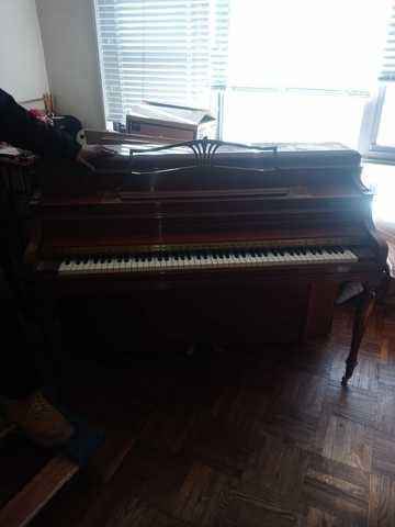 Piano Removal from a Residence - Lenox Hill, NY