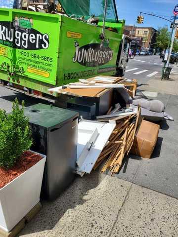 Curbside Pick Up - Bay Ridge, Brooklyn, NY - Before Photo