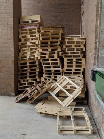 Wood Pallet Pick Up in Morrisville, NC