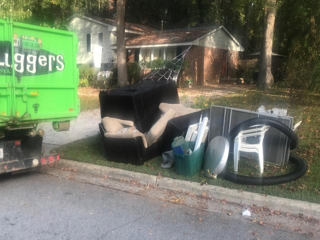 Quick and Easy Curbside Pickup in Raleigh, NC