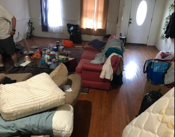Rental house cleanout?! Call the JunkLuggers!