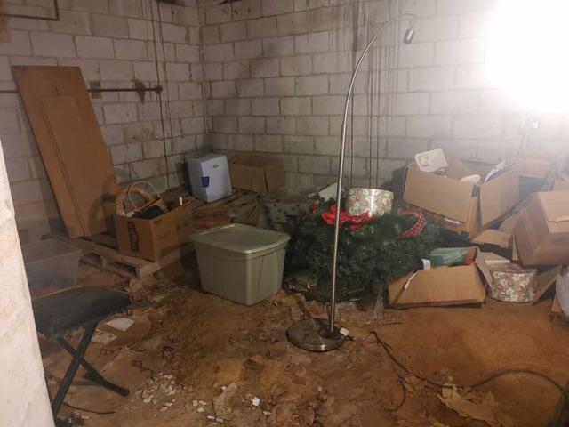 Crawl Space Junk Removal in Chester, VA