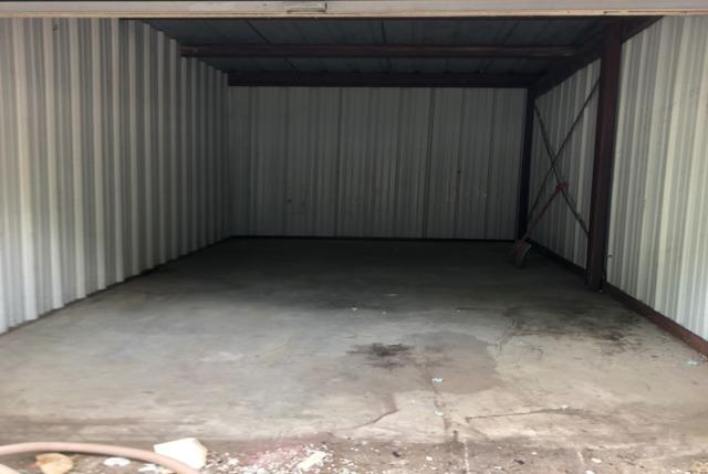 2 Storage units cleaned out!!! Too much of a mess to clean out your storage unit? Call the JunkLuggers!!!
