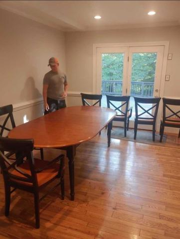 Need a kitchen table set removed and then DONATED?! Call the JunkLuggers!!
