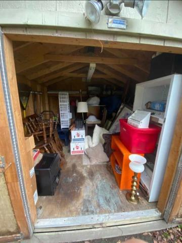 Shed Cleanout! Call the JunkLuggers!!!