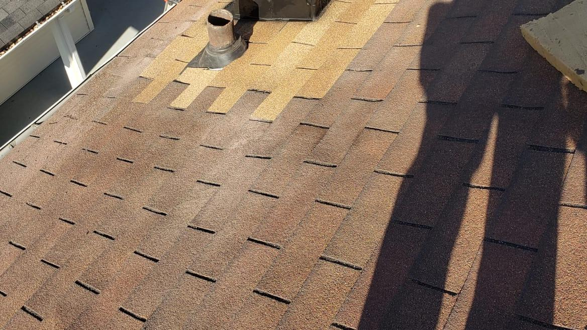 Roof Replacement in Frazeysburg, OH - Before Photo