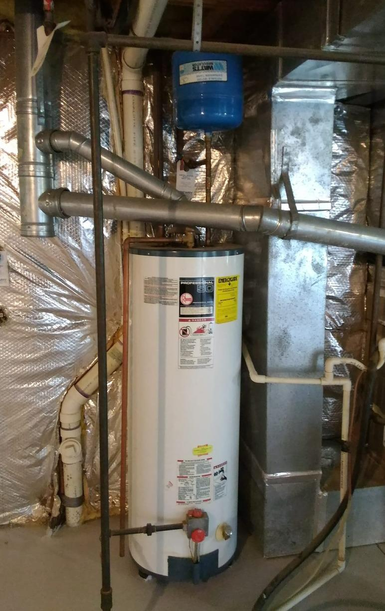 Leesburg, VA Gas Water Heater Replacement - Before Photo