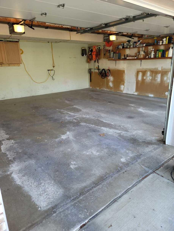 Garage Flooring in Omaha, NE - Before Photo