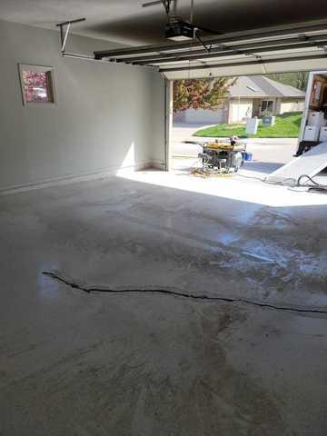 Garage Floor Coating Service in Council Bluffs, IA