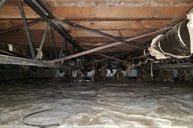 Musty Crawl Space Encapsulated in Milford, MI