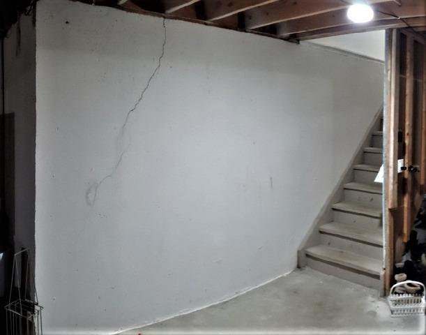 Cracks Repaired & Basement Waterproofed in Shelby Township, MI