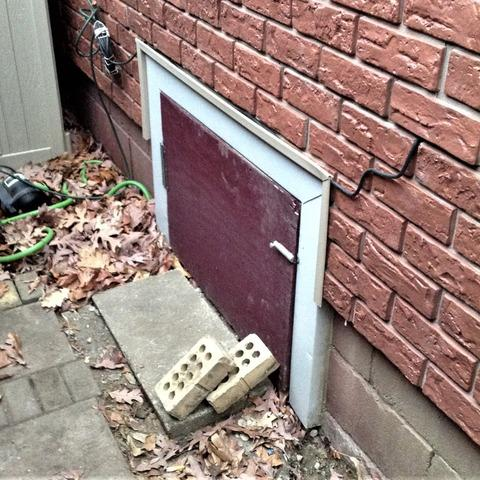 Old Palmyra, MI Crawl Space Door Replaced