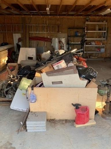 Clearing Out a Garage Near Blaine, TN - Before Photo