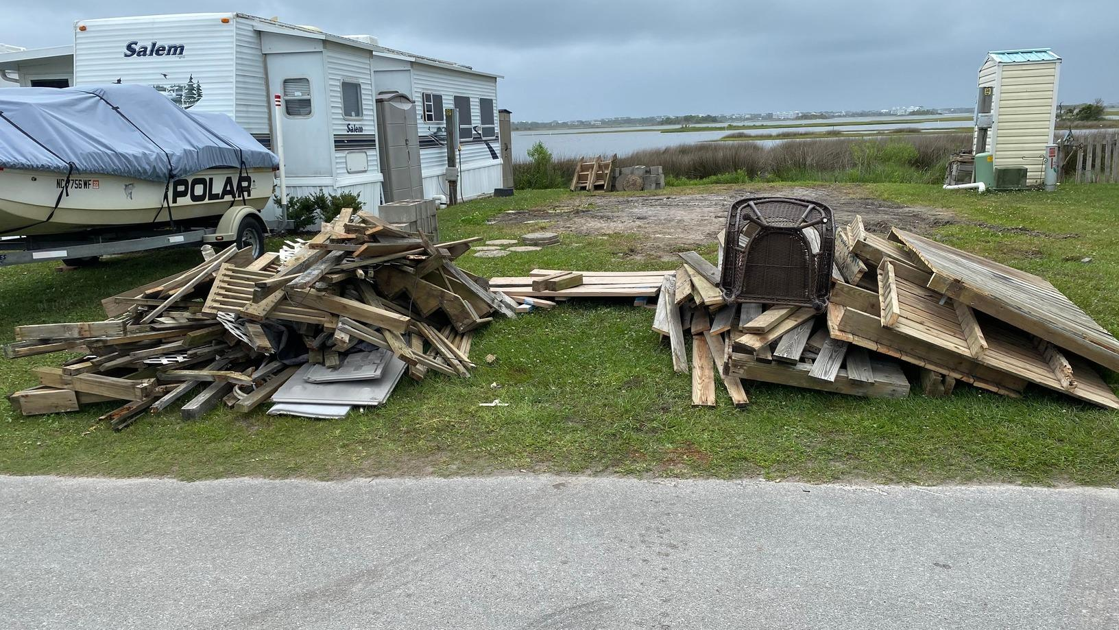 Curbside Junk Removal in Holly Ridge, NC - Before Photo