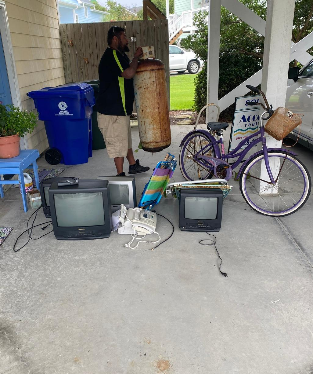 Junk Removal in Surf City, NC - Before Photo