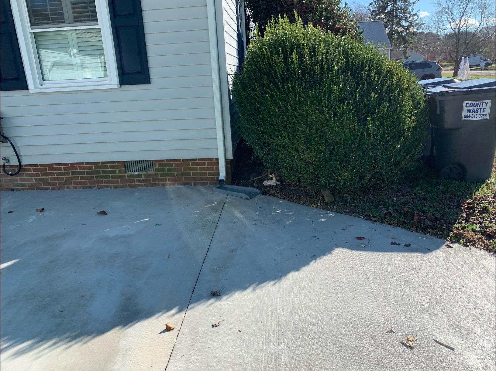 Curbside Furniture Removal in Williamsburg, VA - After Photo