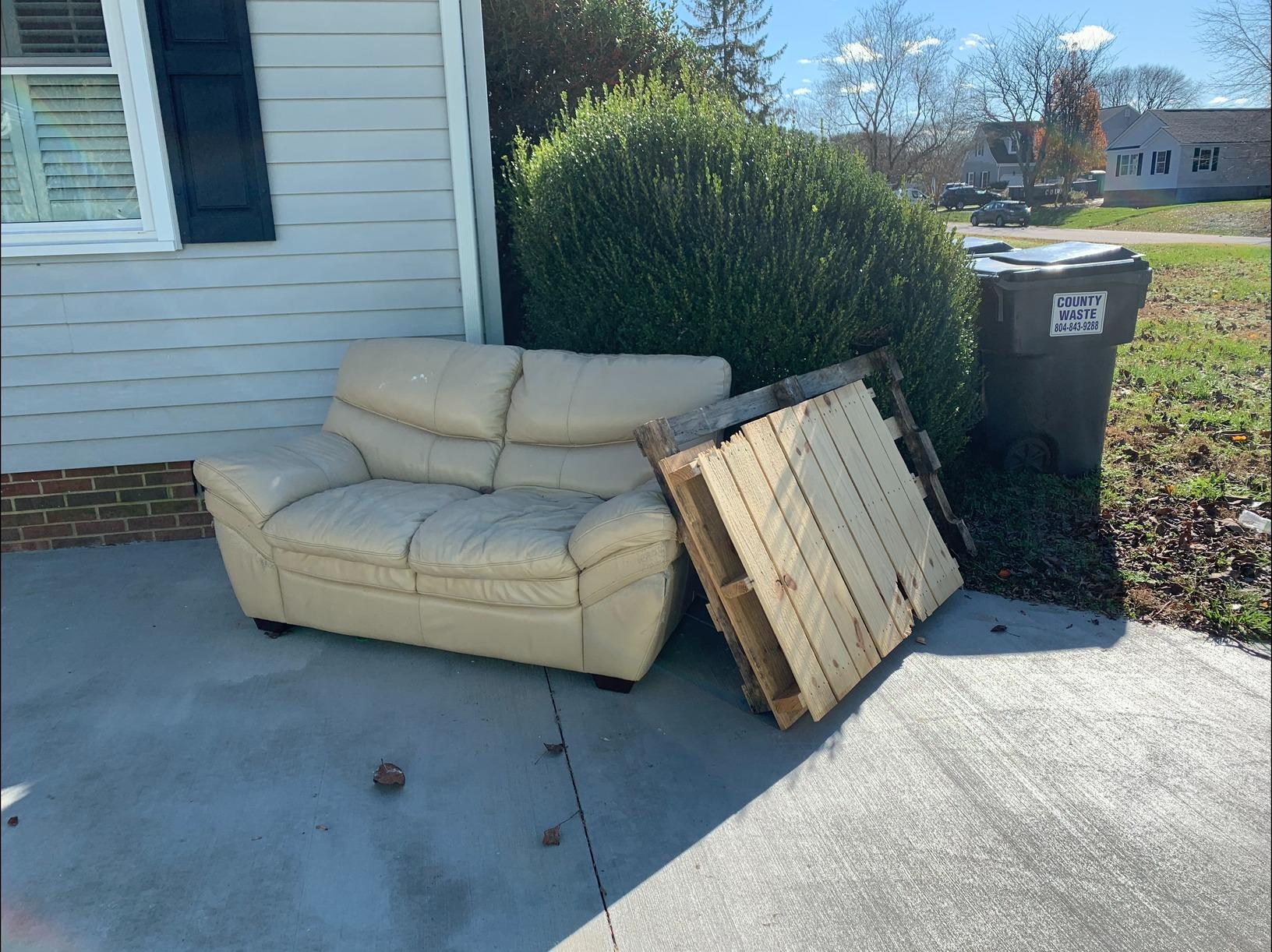 Curbside Furniture Removal in Williamsburg, VA - Before Photo