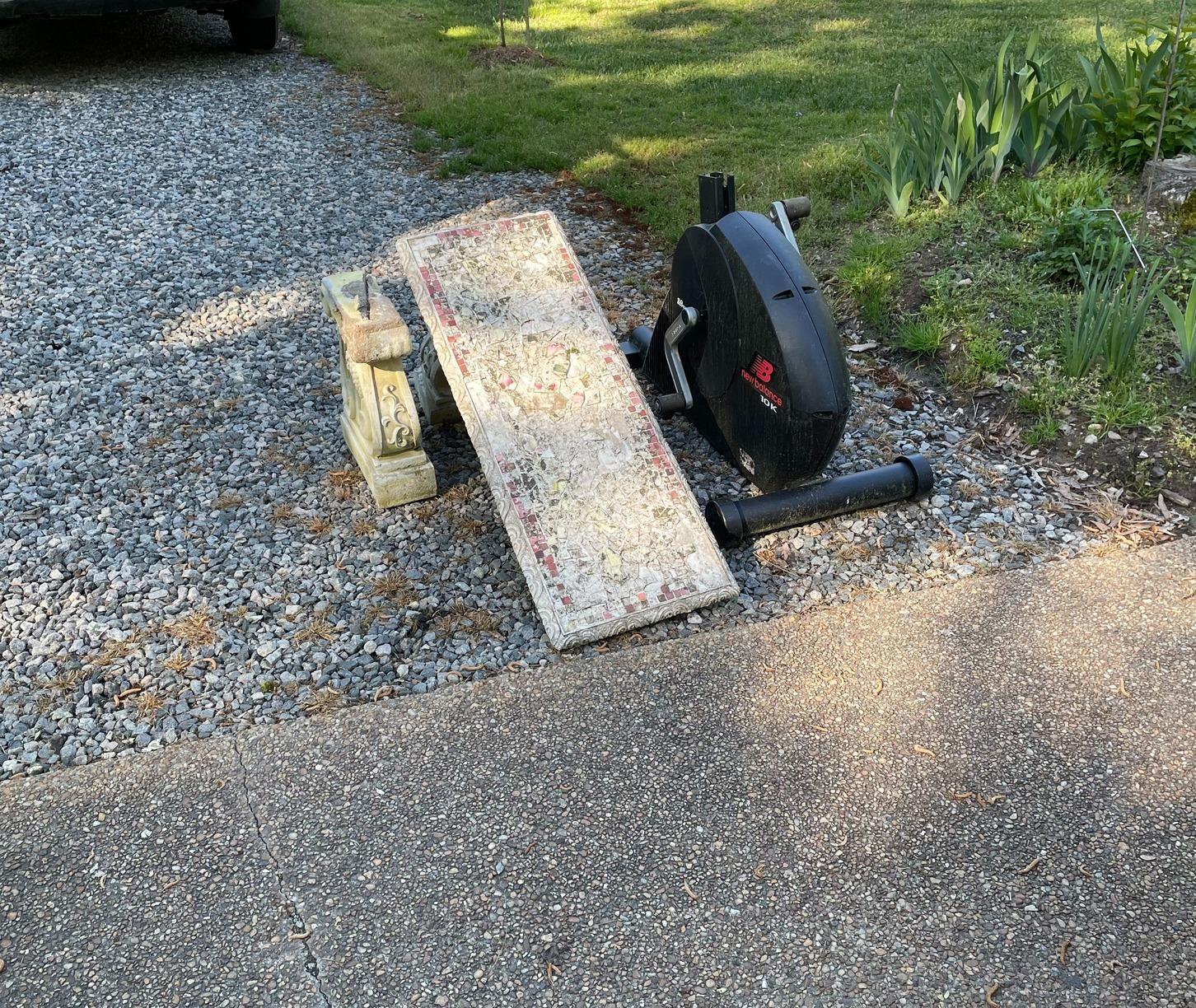 Curbside Pickup in Lanexa, VA - Before Photo