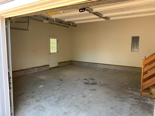 Garage Cleanout in Williamsburg, VA