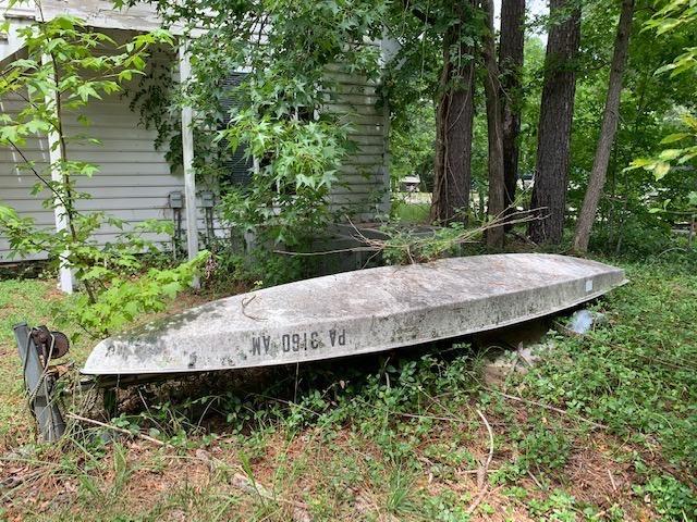 Canoe & Trailer removal in Williamsburg, VA