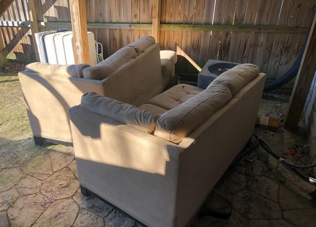 Sofa removal, Elkridge MD.
